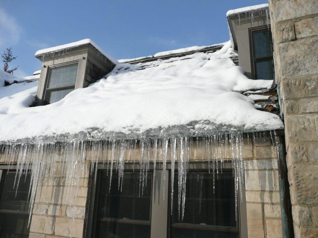 ice dam on roof